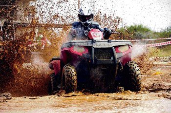 The powerful Polaris Sportsman 850 XP ATV is ideal to challenge and defeat rough terrain.