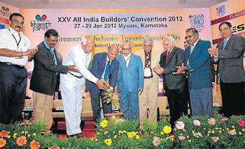 CREDAI president Lalit Kumar Jain inaugurates a seminar 'Greenstruct' in Mysore on Saturday. (L-R) N S Muralidhara, Buildtech chairman M G Somashekar, honorary secretary Y G Chinnaswamy, BAI president Cherian Varkey, J R Sethuramalingam, Prem C Jain, P Subramani, Sthaladipti Saha and T N Hemanth are seen. DH photo