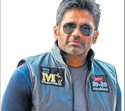 Passionate : Suniel Shetty dh photo by dinesh s k