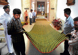 gearing up: Preparations are in full swing on Monday for the State Budget session at  the Vidhana Soudha. dh photo