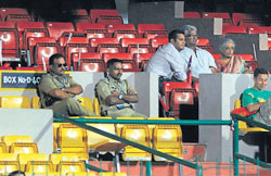 Common sight : There are a lot of empty seats during every match in the City.  DH Photos by Kishor Kumar Bolar