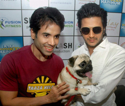Bollywood star Tusshar Kapoor and Riteish Deshmukh pose during promotion of their film Kyaa Super Kool Hain Hum in Lucknow on Sunday. PTI