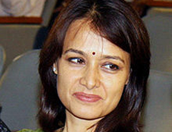 Actress Amala among Greenpeace activists held in Hyderabad