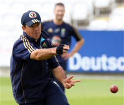 Ponting fit and fired up for South Africa
