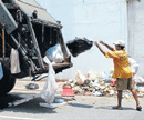 Palike, CM shrug off NYT report on garbage
