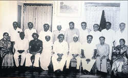 rare picture: One of the rare group photos of six former chief ministers of Karnataka along with other ministers. Former CMs in this photo are Kengal Hanumantaiah, B D Jatthi, R Gundu Rao,S Bangarappa, M Veerappa Moily and Dharam Singh. The photo was exhibited at a photo expo organised to mark the 60th year of Legislative Assembly at Ravindra Kala Bhavan in Mangalore on Friday. dh photo