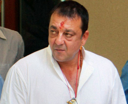 Sanjay Dutt to make paper bags, earn Rs.25 a day
