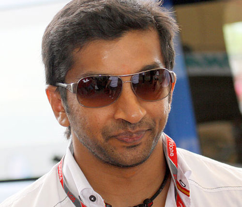 Narain Karthikeyan takes pole with new Auto GP team