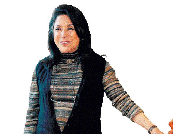 Ritu Kumar's new collection ode to Chanderi saris
