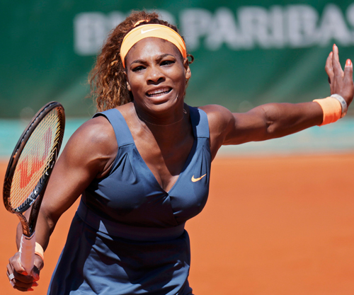 Serena survives scare to reach French Open semis