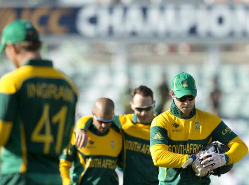 Steyn is a doubtful starter vs India, says AB De Villiers