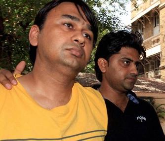 Mumbai court extends custody of bookies