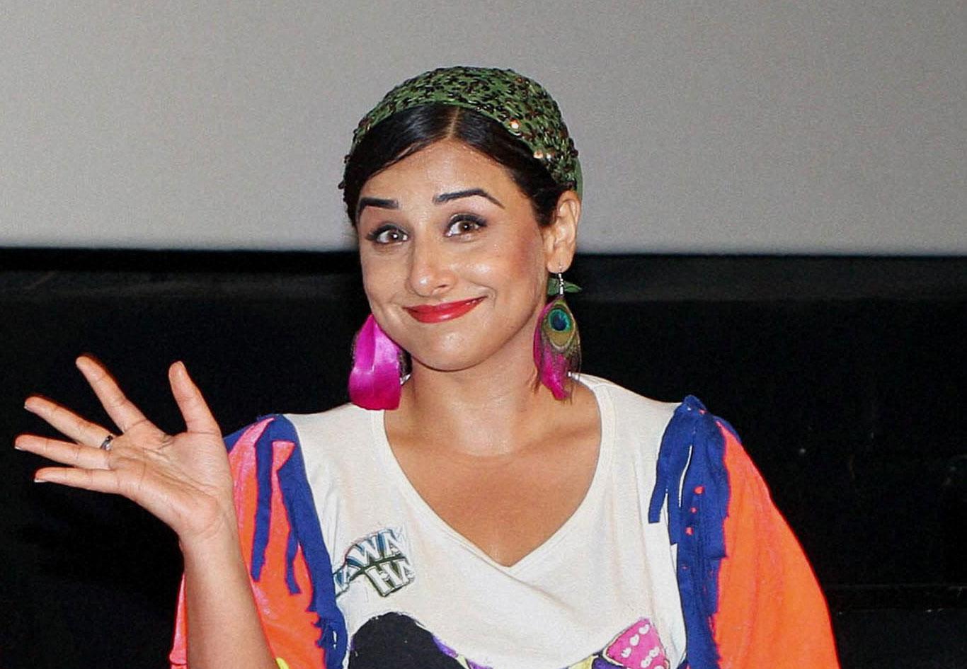 Vidya to perform moonwalk on IDS sets