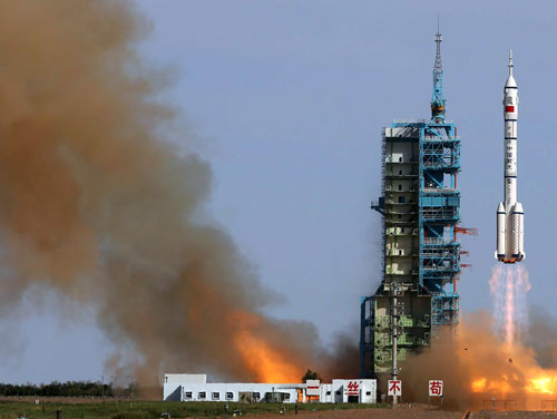 China successfully launches longest-ever manned space mission