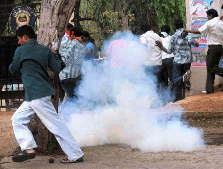 Osmania University students clash with police