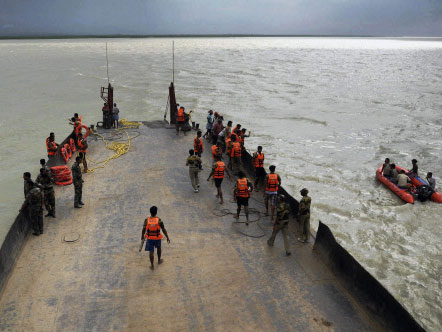 Rescue operation in Malda boat capsize ends; toll 10