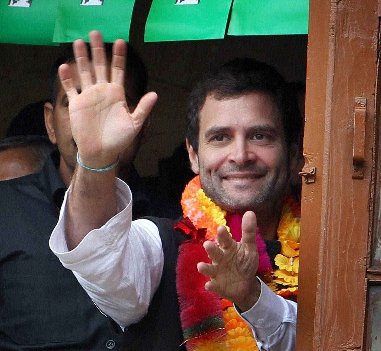 Will be happy to see Rahul as PM, says Manmohan Singh
