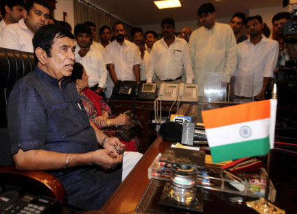 Oscar takes charge of Road Transport and Highways Ministry