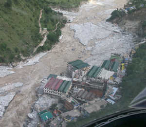 Thousands of pilgrims from UP still trapped, missing