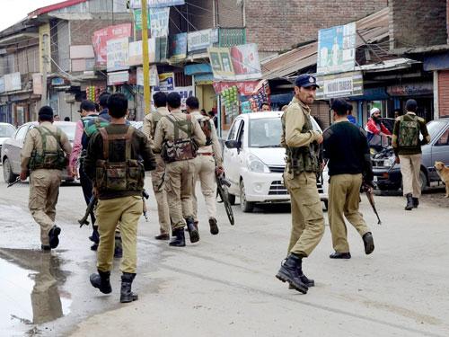Tight security on anniversary of Guru's hanging