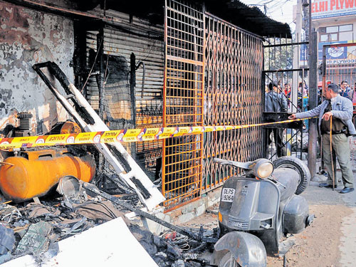 Four of family charred to death in Dilshad Garden