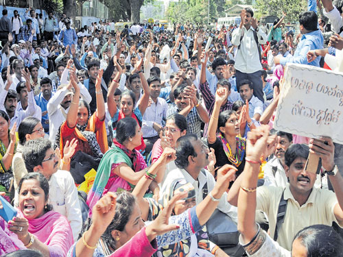 Protesting guest lecturers to resume teaching