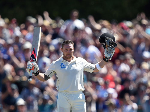 McCullum hits fastest test century in final Test