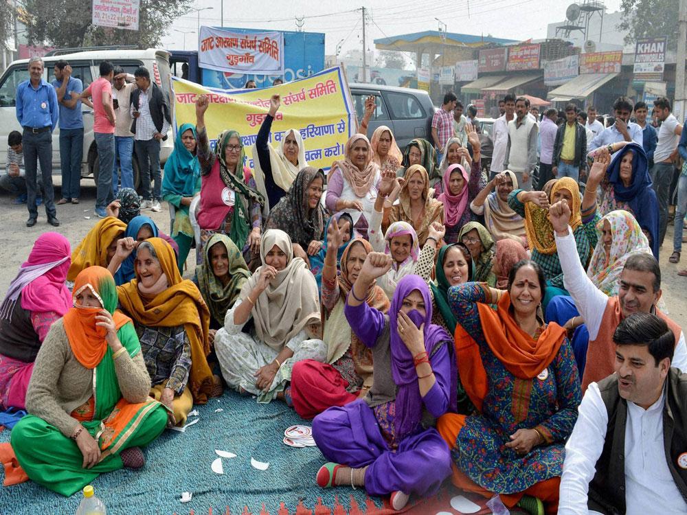 Jat stir: Army conducts flag march in Rohtak, Bhiwani