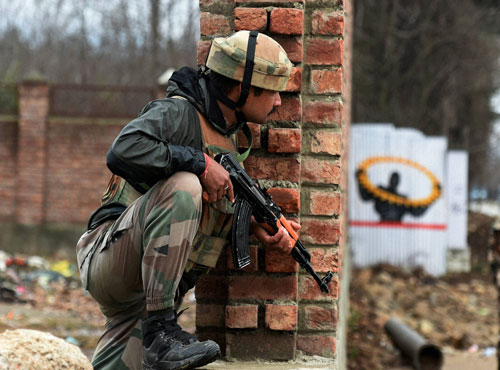 Captain among two killed in Pampore encounter, Toll rises to 7