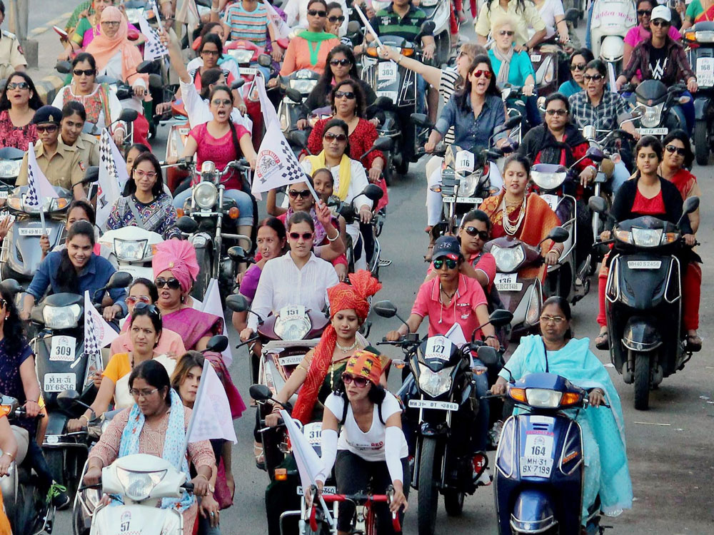 Govt may open up night shifts to non-IT sector women soon