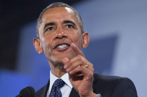 Obama says US to pursue campaign against IS 'on all fronts'
