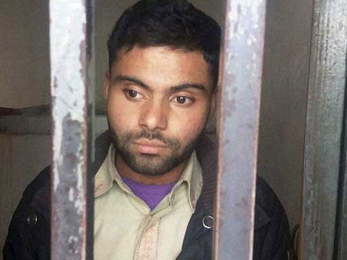 Virat Kohli's Pakistani fan who hoisted tricolour gets bail