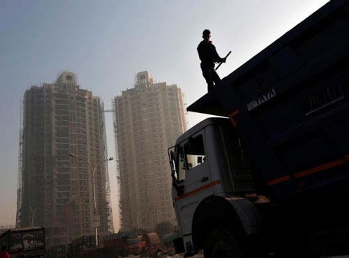 Jobs elusive as India clings to fastest-growing economy tag