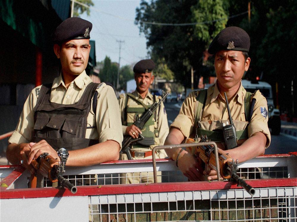 Commandos get training to combat fidayeens | Deccan Herald