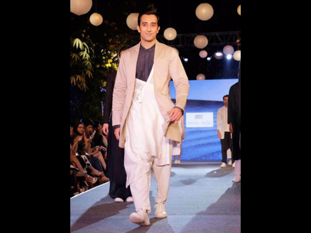 India Wins Best Country Award At London Fashion Week Deccan Herald