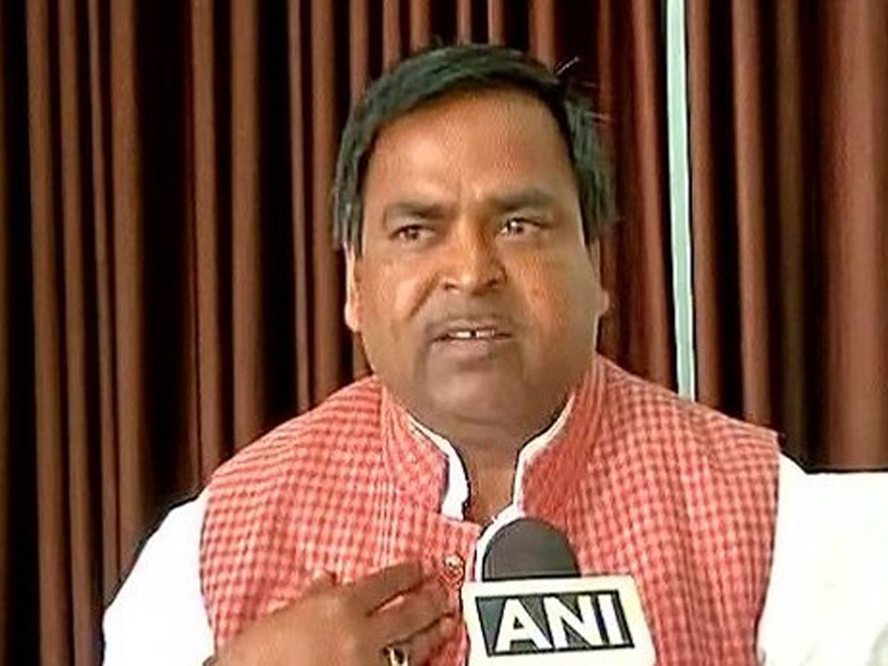 Why Prajapati still in cabinet?: UP Guv asks CM Akhilesh