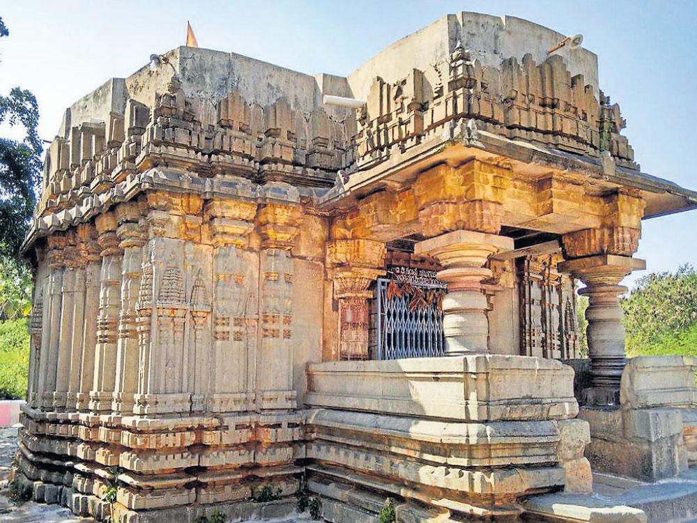 Hoysala temples of Turuvekere