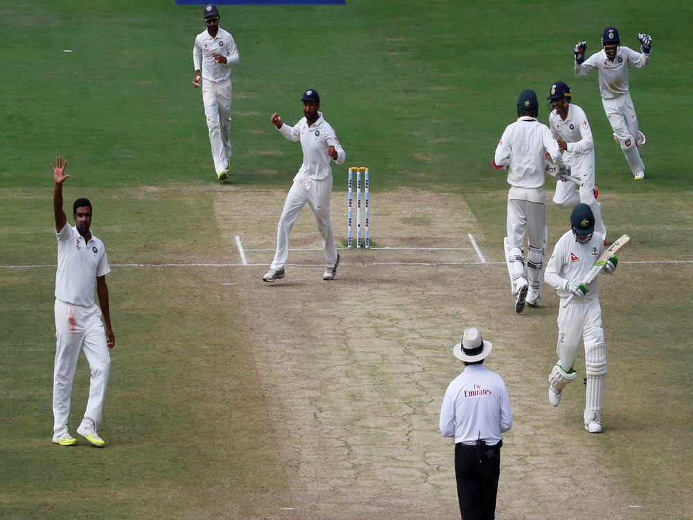 Handscomb admits fault: Told Smith to check with Oz dug-out