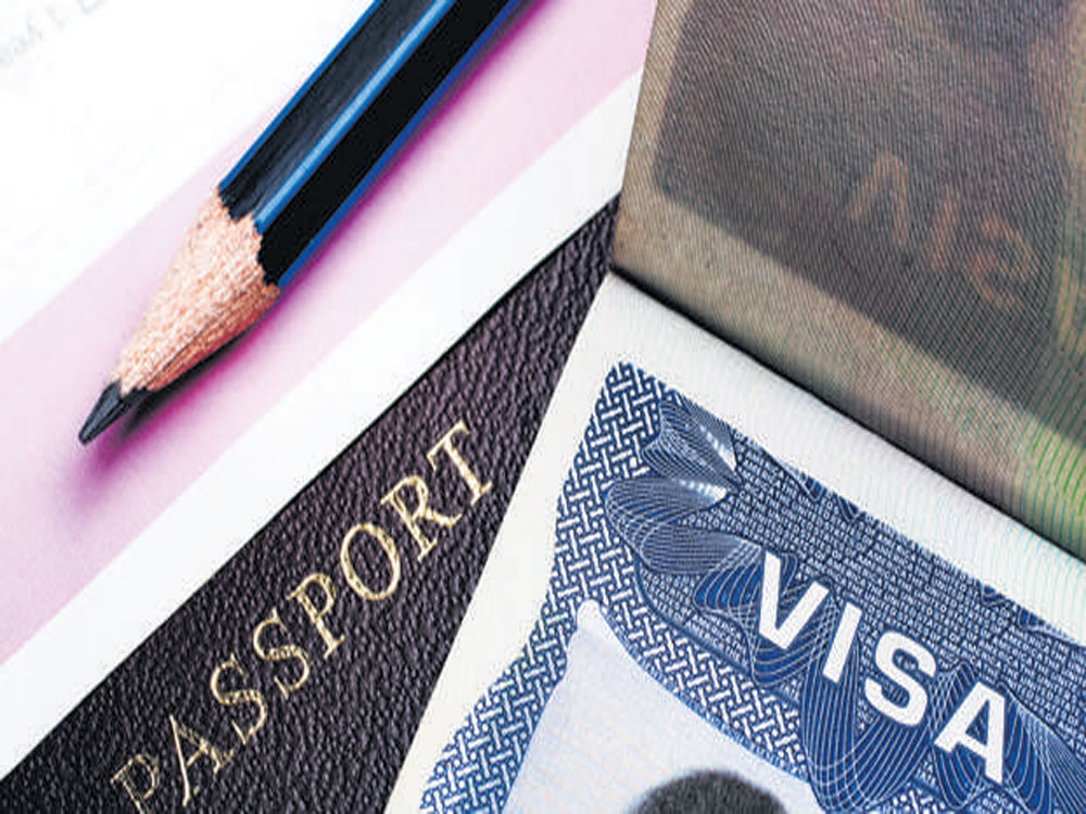 Applications for H1-B to be accepted from April 3 in 2018