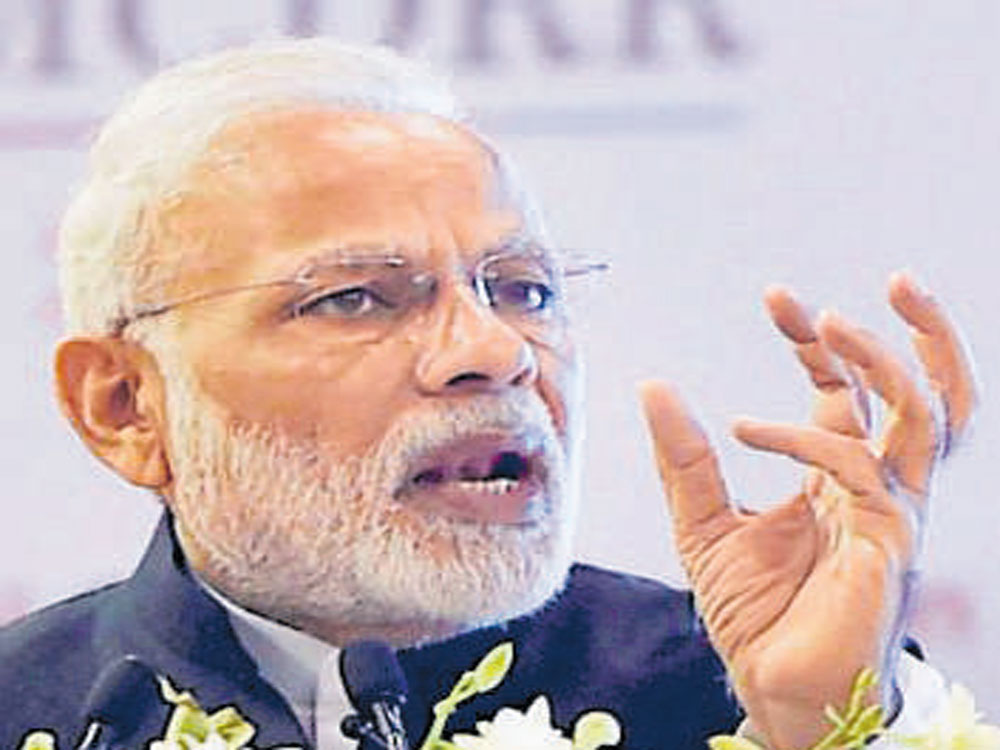 PM Modi comes up with witty reply to Shastri's twitter message