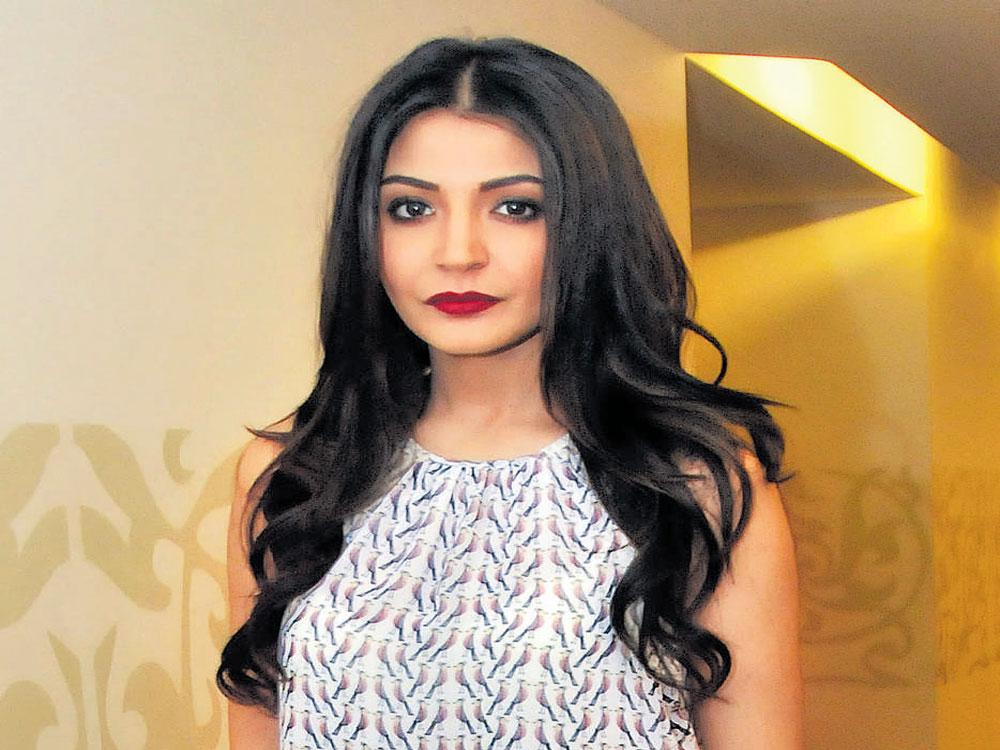 It's a talent how Shah Rukh, Salman handle stardom: Anushka