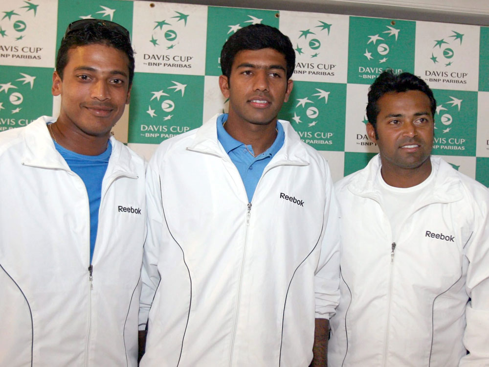 Bhupathi picks four singles players; Paes, Bopanna reserves