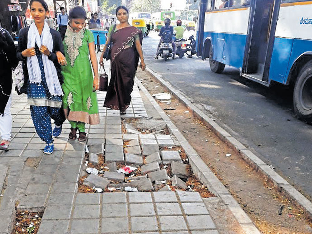 'Damage-proof' TenderSURE pavements sinking at many places