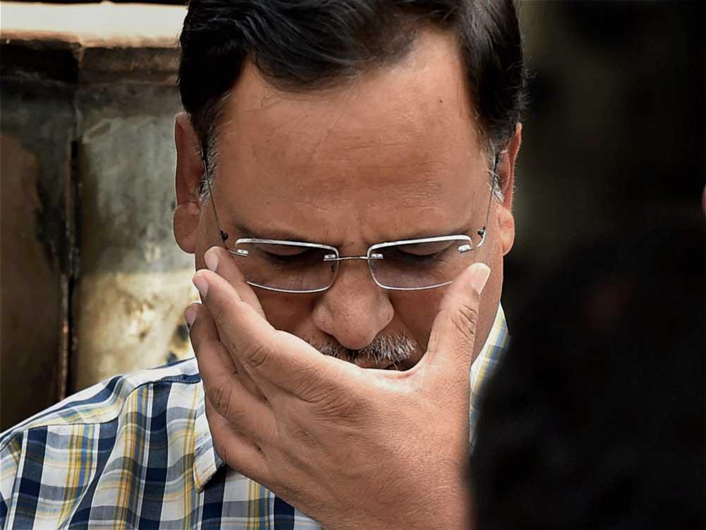 Delhi minister grilled in money laundering case
