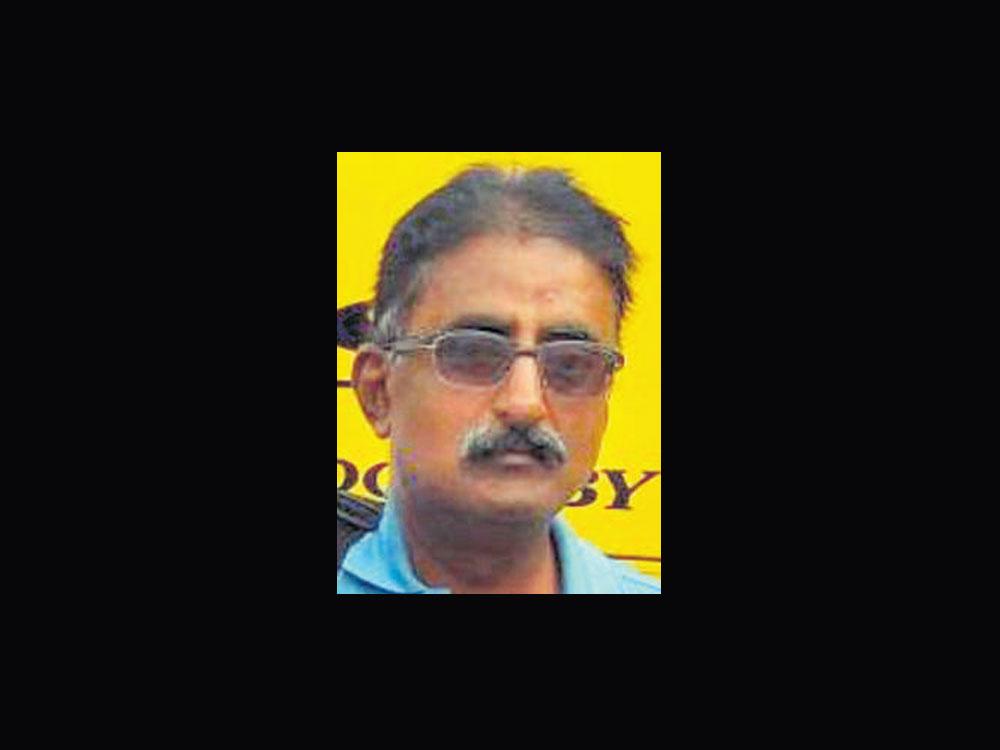 Umpire Ravi passes away