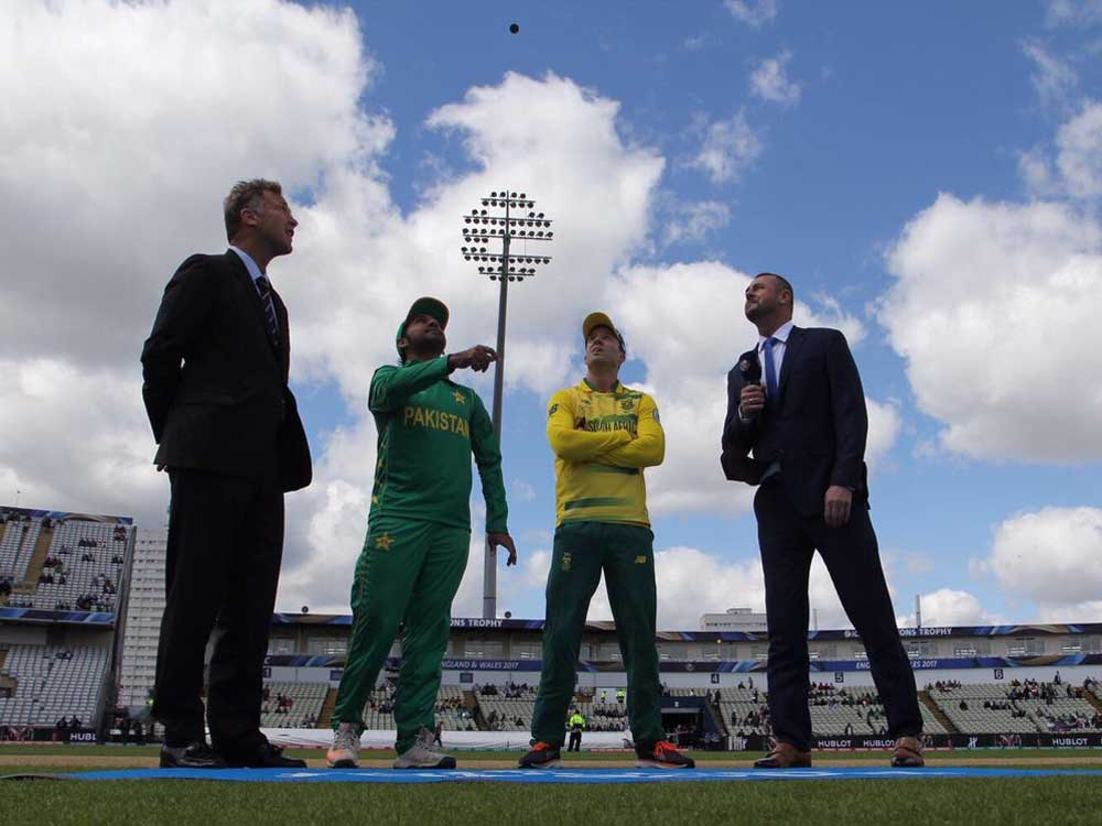 SA win toss, elect to bat against Pak