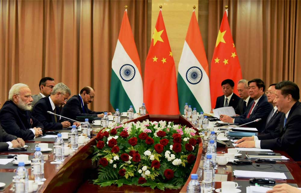 Modi meets Xi, calls for respecting each other's core concerns