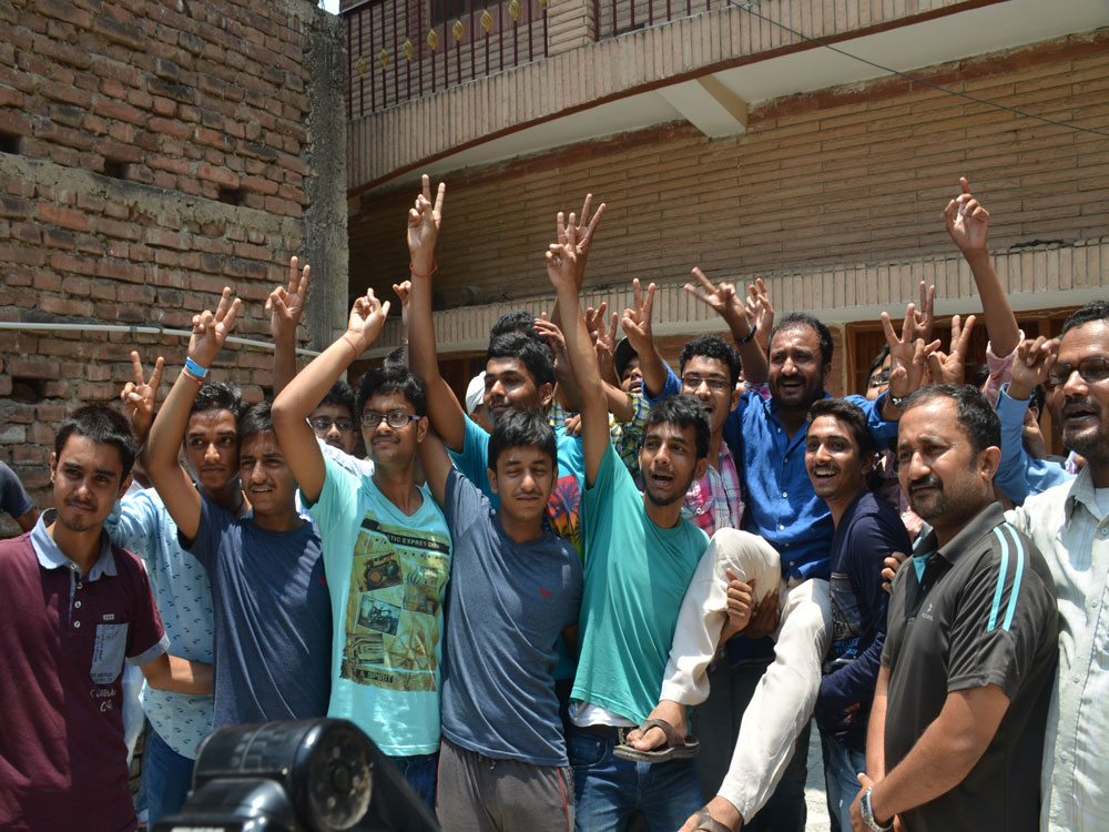 Entire Super 30 batch clears JEE