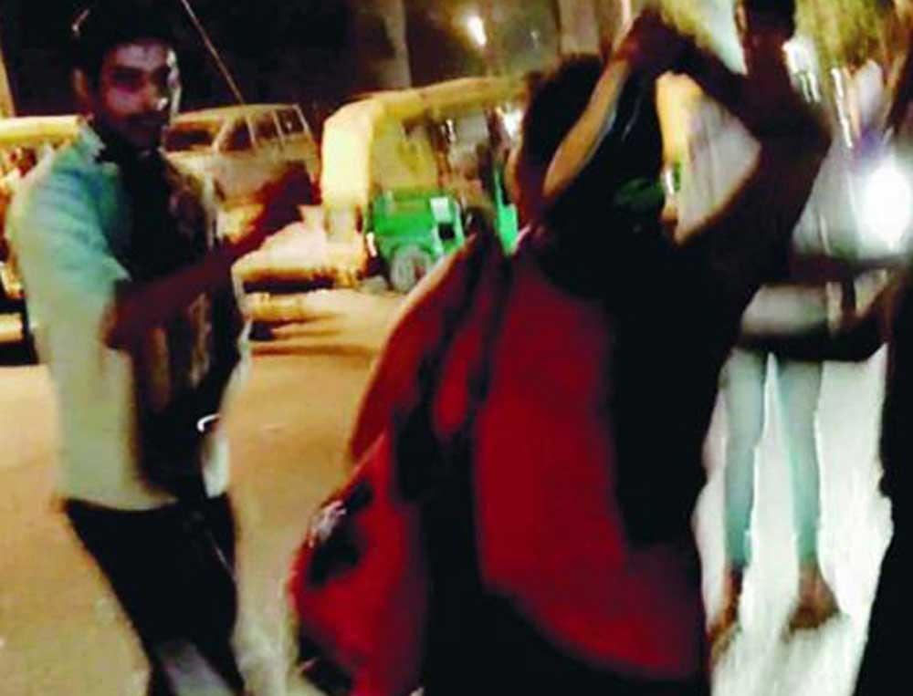 Women staff of pub thrash molester, video goes viral