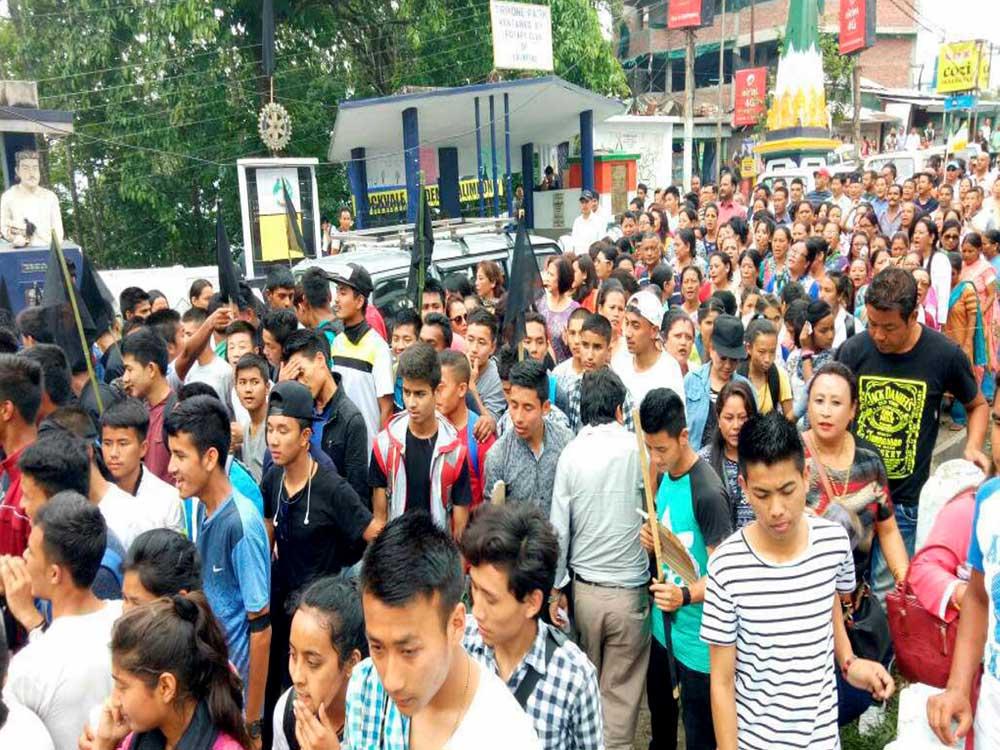 GJM-sponsored shutdown of govt offices begin in Darjeeling